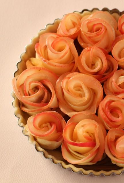 りんごの薔薇パイ